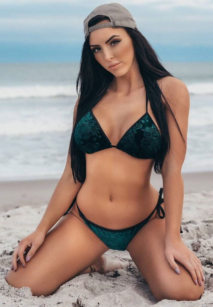 Peyton Royce Hot Cute S3xy Gorgeous Pictures