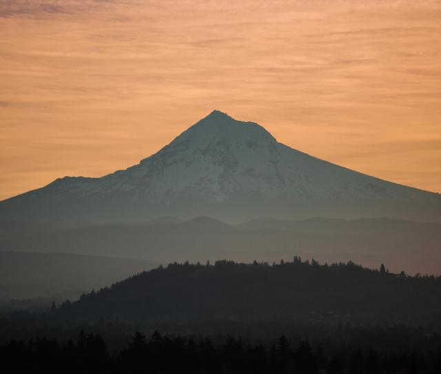Amateur At Best But Heres A View Of Mt Hood From Mt Tabor Park In Portland Or Hope I Did This Right