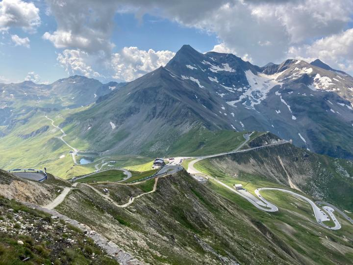 The Grossglockner High Alpine Road (Photo credit to u/TheFantasticFuture) [4032 x 3024]
