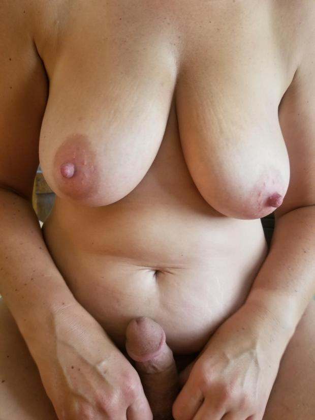 wbk1h0llsxe11 - What if this was your cock? Nude Selfie