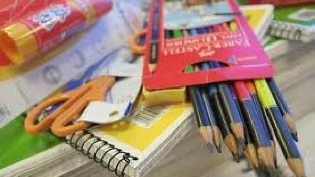 GDF beneficiará a más de un millón de estudiantes con tarjetas para compra de útiles