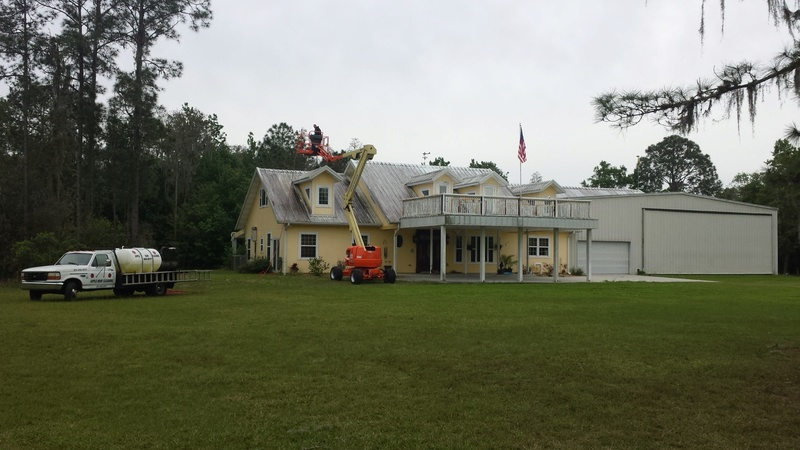 Cleaning Tampa Tile Roofs 6-15-2017 20140310