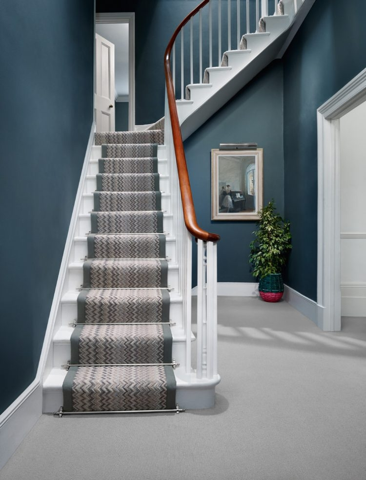 43 Cool Carpet Runners For Stairs To Make Your Life Safer | Running Carpet For Stairs | Stair Tread | Hardwood | Wood | Grey | Stair Runners