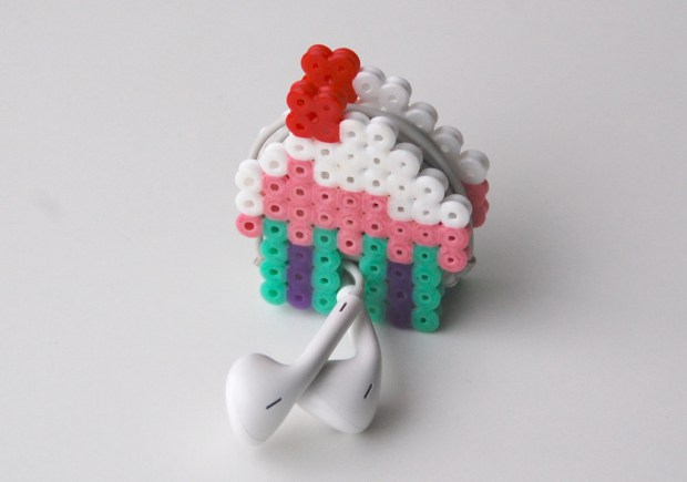 10 Bold And Fun Perler Bead DIYs To Try Shelterness