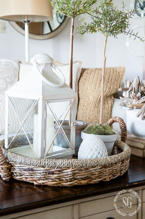 26 Cool Ways To Use Baskets At Home Decor   Shelterness low basket for summer home decor