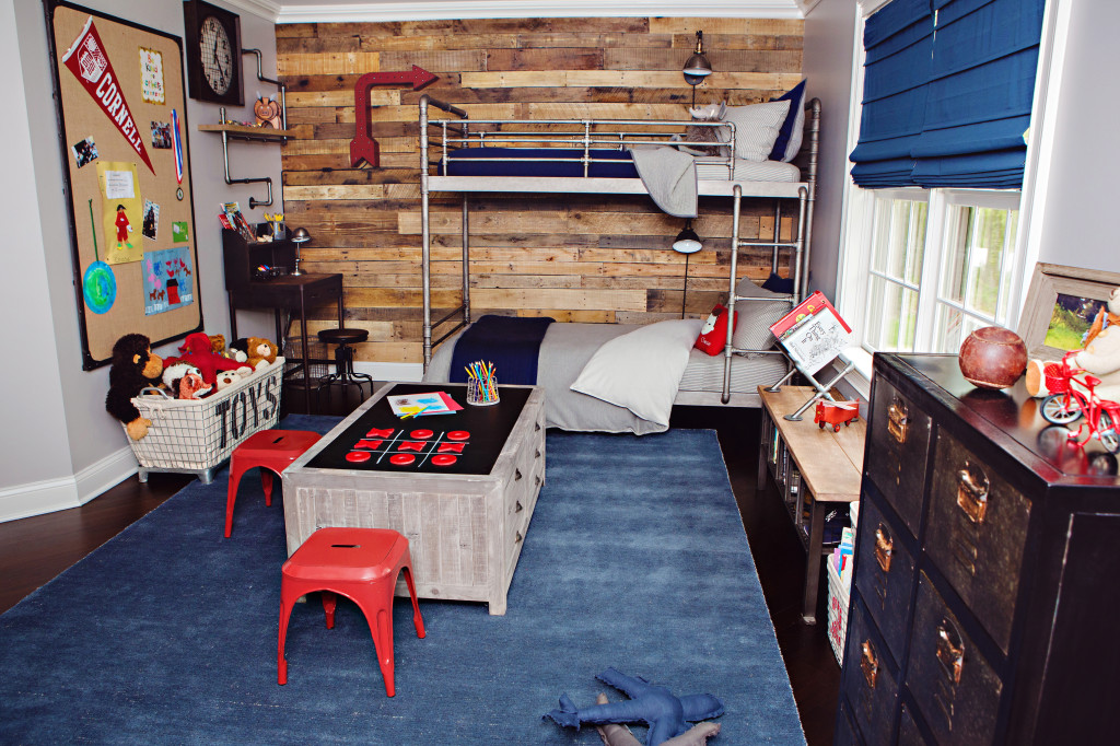 How To Panel A Wall With Pallet Wood: 10 DIY Projects ... on Pallet Bed Room  id=47878