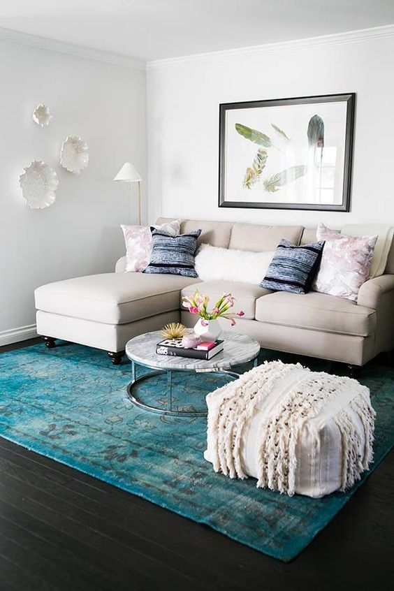 How To Arrange A Small Living Room 20 Ideas Shelterness