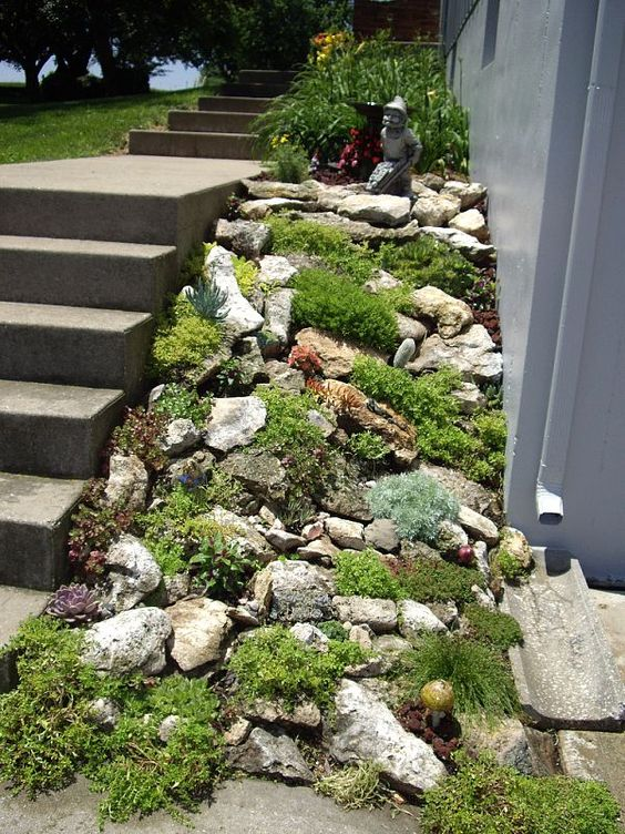 20 Beautiful Rock Garden Design Ideas - Shelterness on Small Garden Ideas With Rocks id=82276