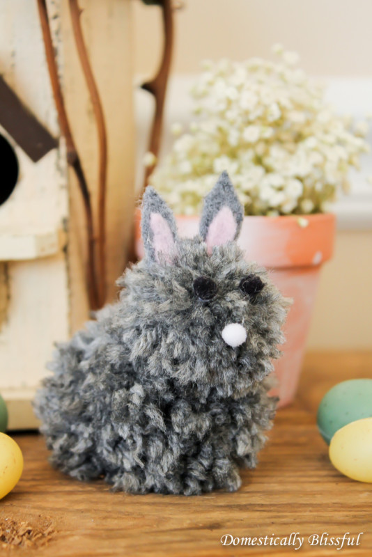DIY baby pompom bunny (via domesticallyblissful.com)