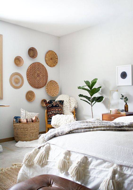 20 Wall Basket Ideas For Eye Catchy Wall Dcor Shelterness