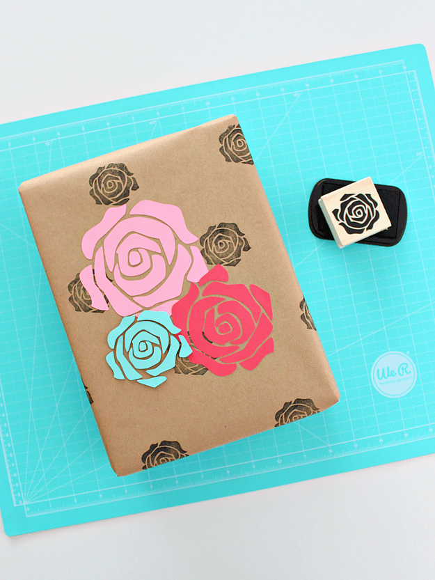DIY rose stamped wrapping paper (via https:)