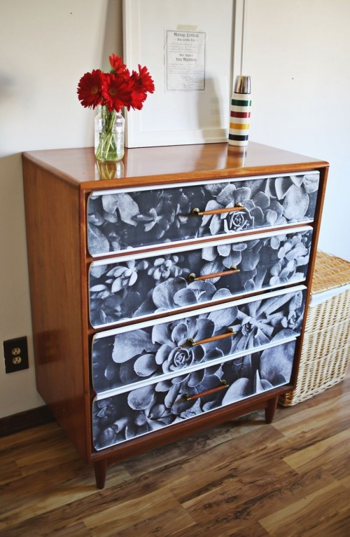 DIY Photo Decoupage Renovation Of An Old Sideboard
