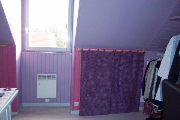 les rideaux dans la chambre de ma fille