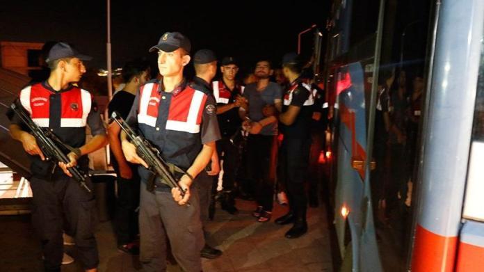 Zonguldak'ta yüzlerce mahkum zehirlendi