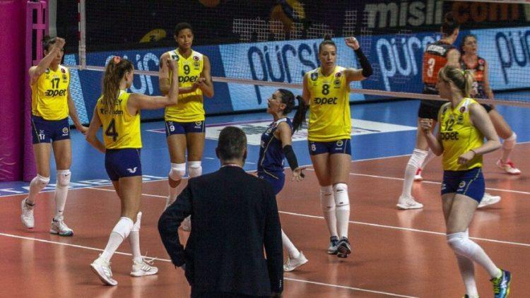depophotos_17093342_16_9_1618489945-880x495 Fenerbahçe Opet'te corona krizi! Vakıfbank maçına çıkamayacaklar… Sağlık Haberleri Spor Haberleri