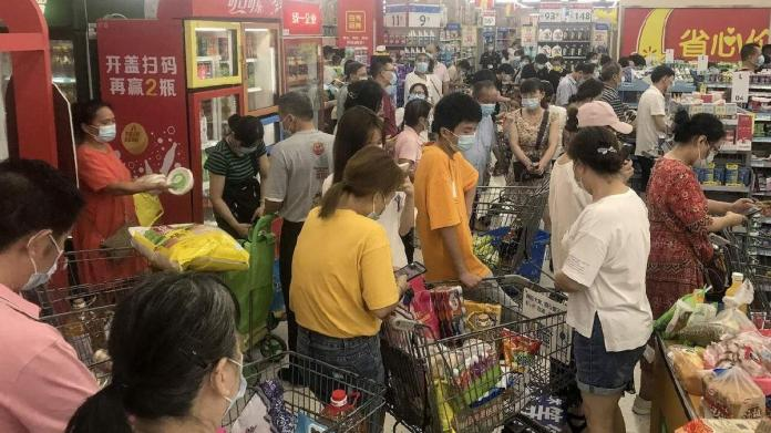 Corona virüs paniği yeniden başladı: Halk marketlere akın etti
