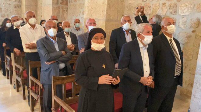 1700 yıllık kilise zılgıtlarla açıldı