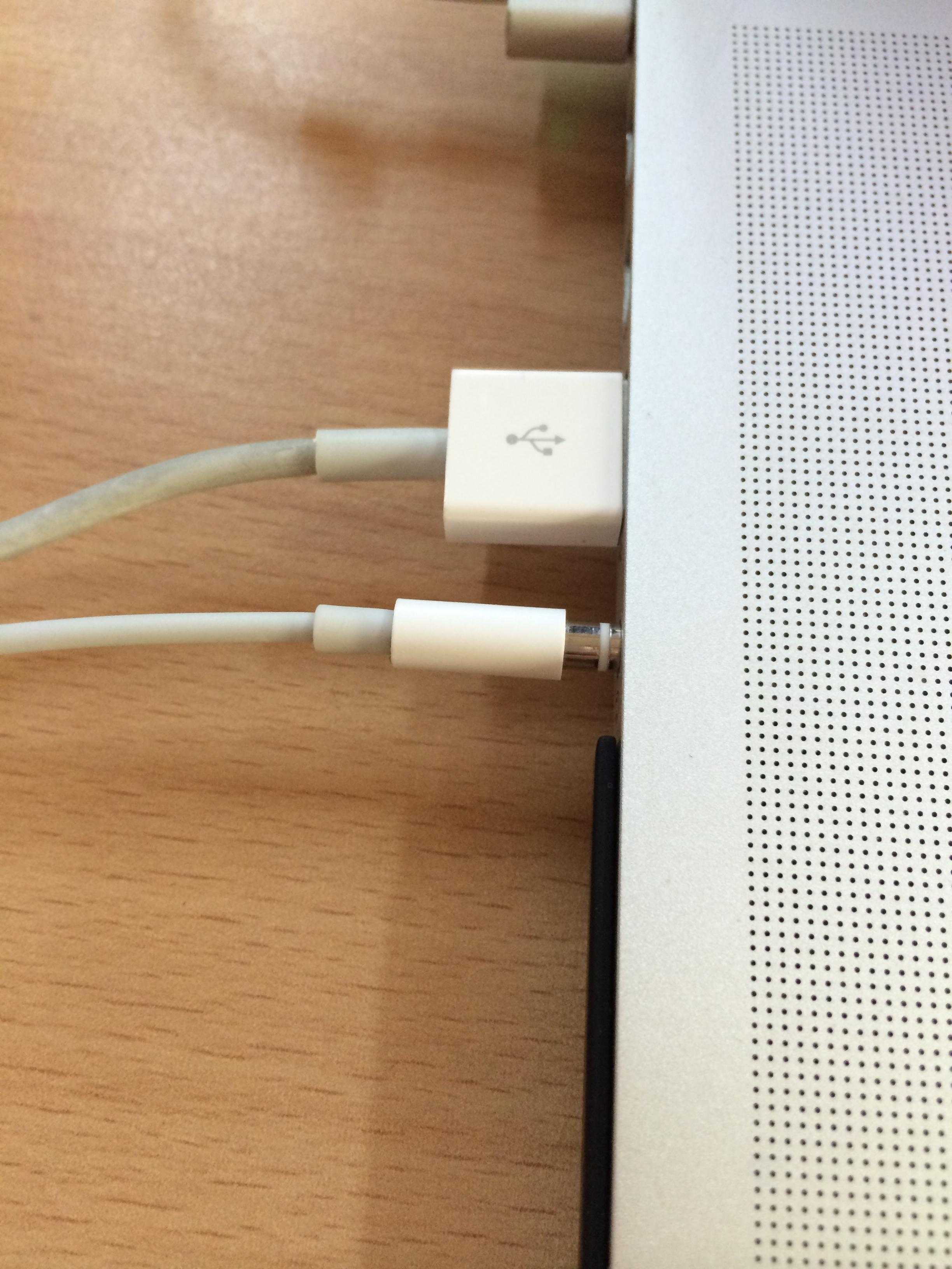 Audio Headphones Jack Not Pluggable Into Macbook Pro