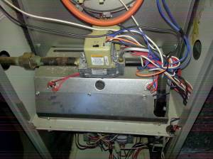 hvac  How can I figure out why the low voltage furnace fuse blows on heat but not cool?  Home