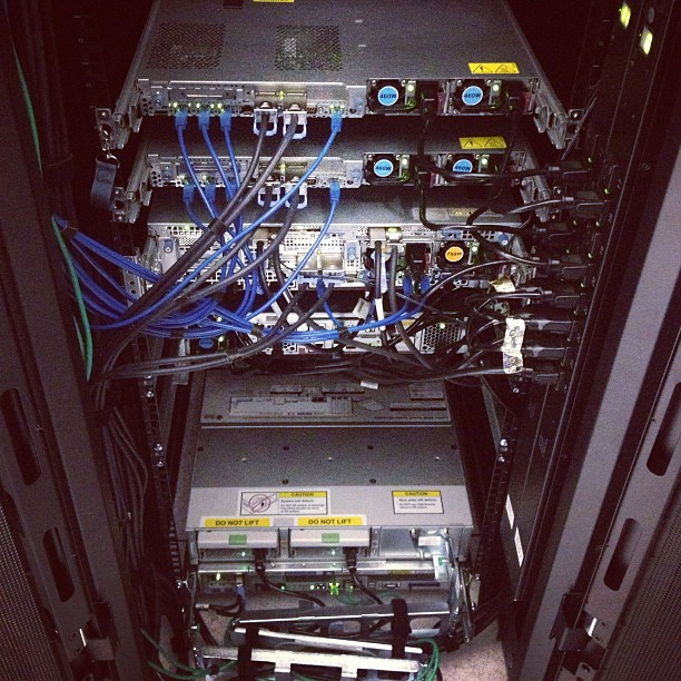 best practices for power cabling racks