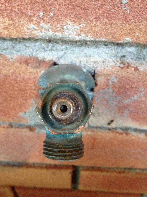 take apart this leaking outdoor faucet