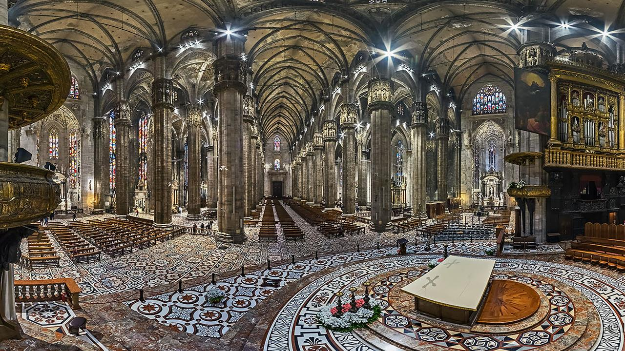 Picture of the interior of an elaborate, expensive, mesmerizing church