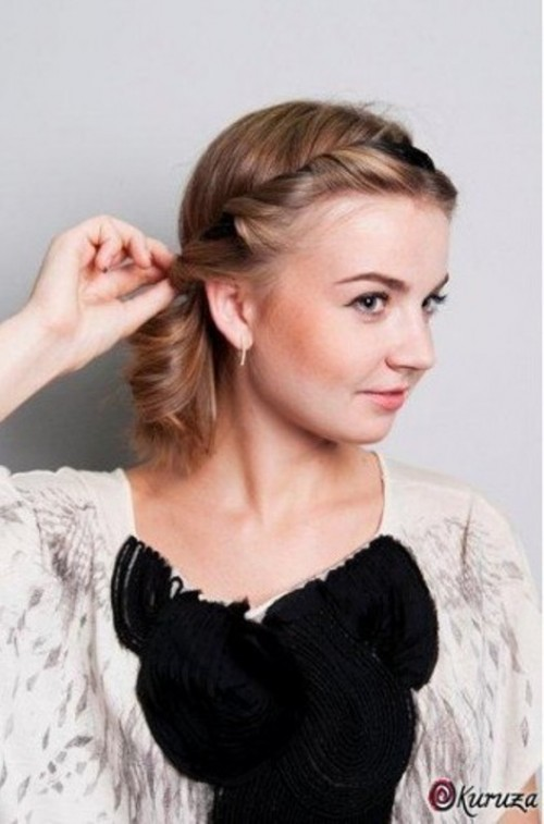 DIY Easy Greek Hairstyle With A Bandage Styleoholic