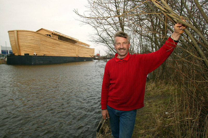 """هولندا.. إعادة بناء سفينة نوح"""""""