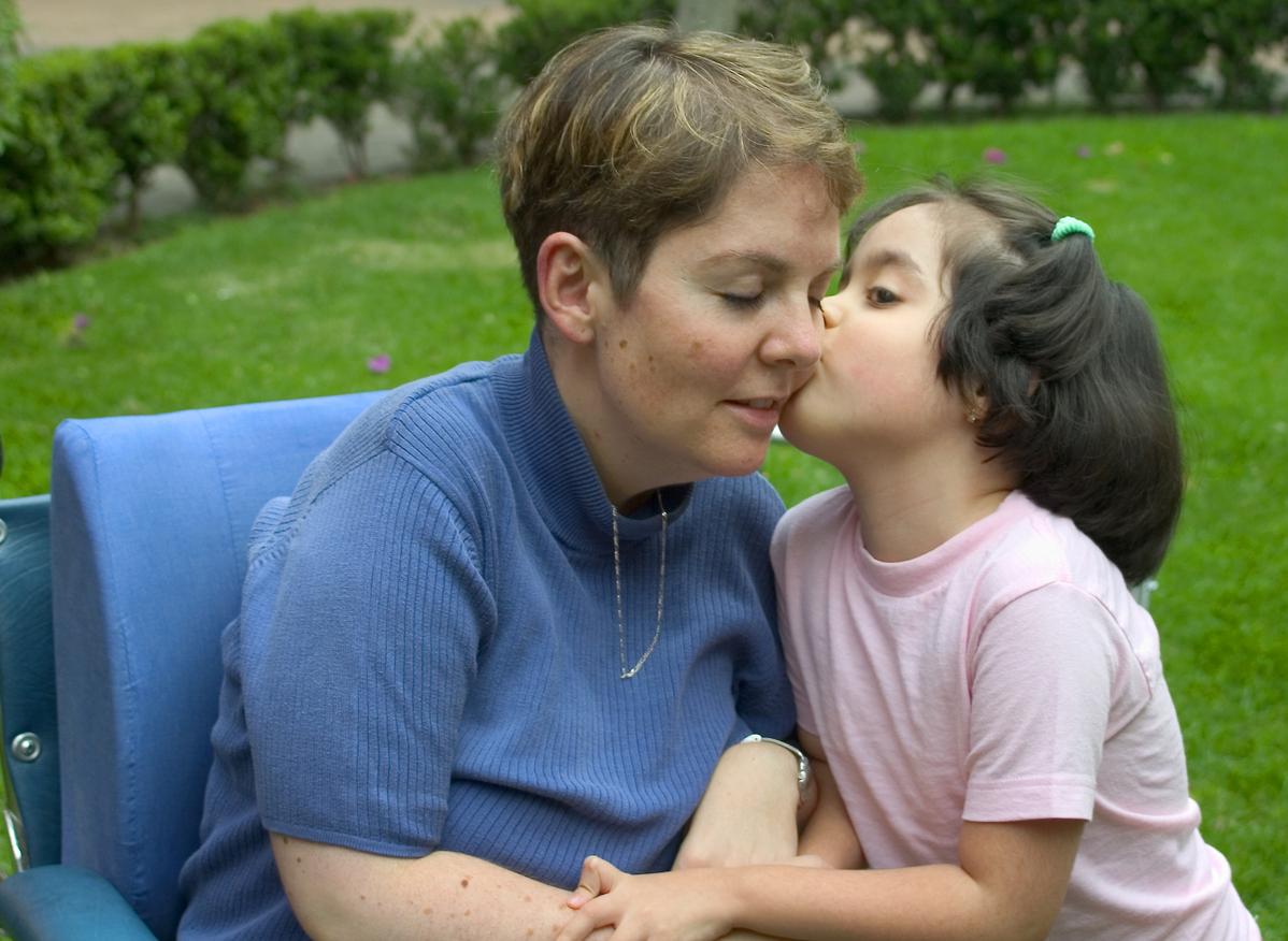 mere handicapee avec enfant