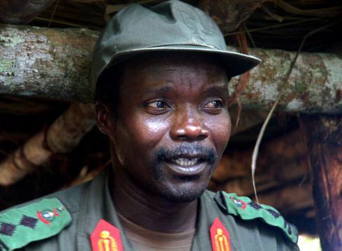 https://i1.wp.com/i.usatoday.net/news/_photos/2012/03/08/Timing-of-Kony-2012-viral-video-stirs-debate-OQ1469T3-x-large.jpg