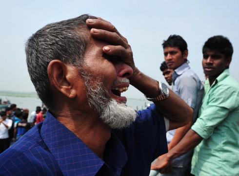https://i1.wp.com/i.usatoday.net/news/_photos/2012/03/13/31-dead-in-Bangladesh-ferry-crash-3L14SBFF-x-large.jpg