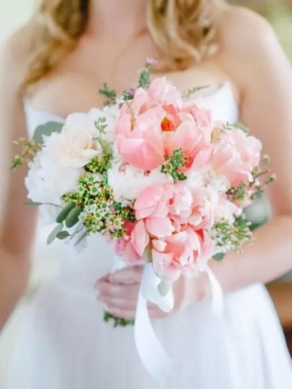 20 Rose Quartz Wedding Bouquets To Get Inspired