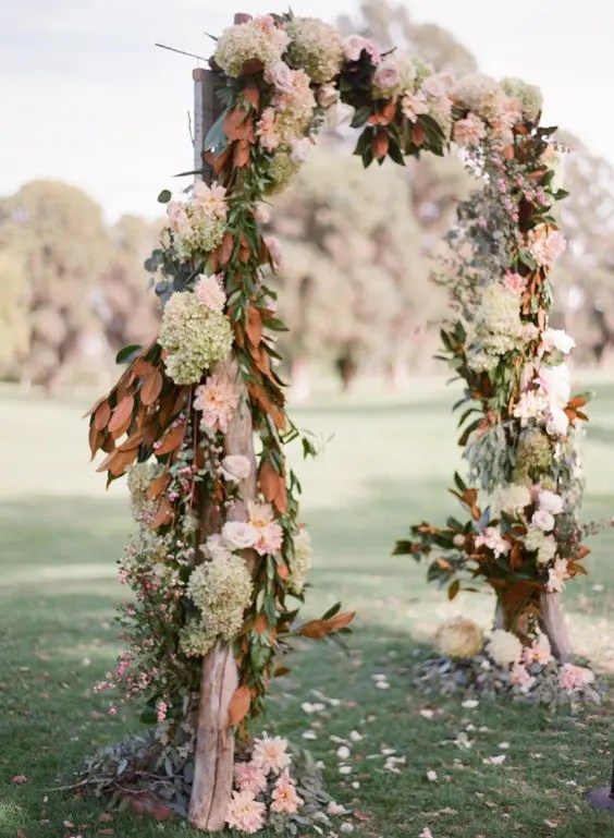 27 Fall Wedding Arches That Will Make You Say I Do