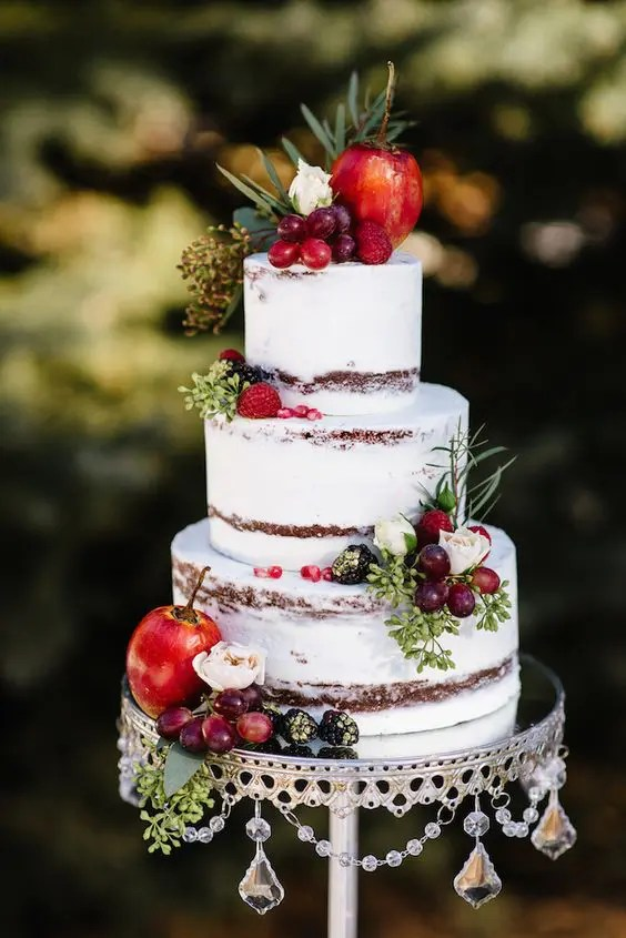 fall wedding cake with berries and fruit