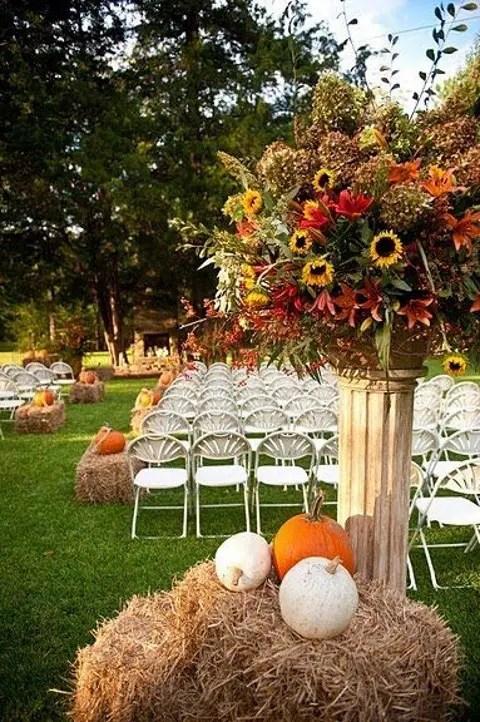 29 Ways To Use Pumpkins For Your Wedding Dcor Weddingomania