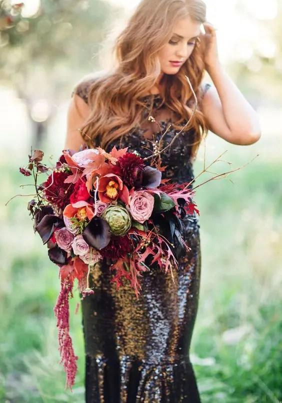 dark moody bouquet with a decadent feel