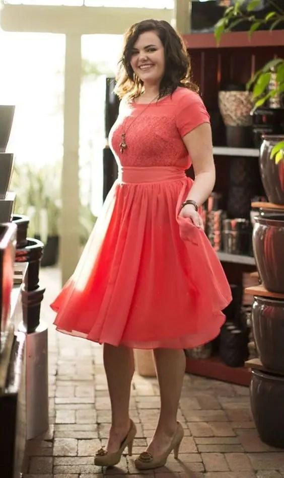 22 Chic Plus-Size Bridesmaids\' Dresses - crazyforus