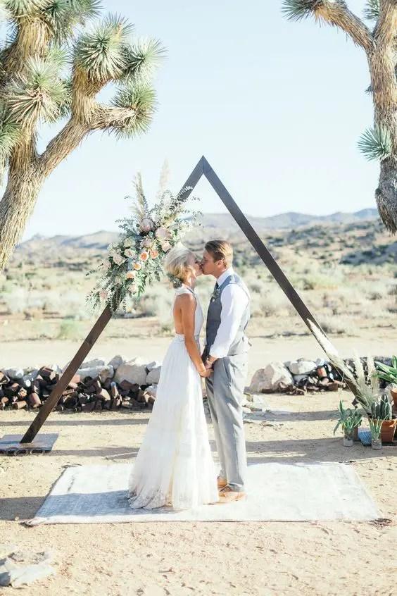 Hot Wedding Trend 24 Triangle Wedding Arches Weddingomania