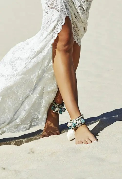 gypsy-inspired chain and stone anklets are ideal for a beach, desert or just boho and gypsy bride