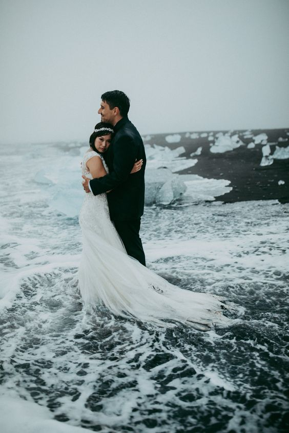 a moody and icy Icelandic coast is a great place to tie the knot and is very romantic