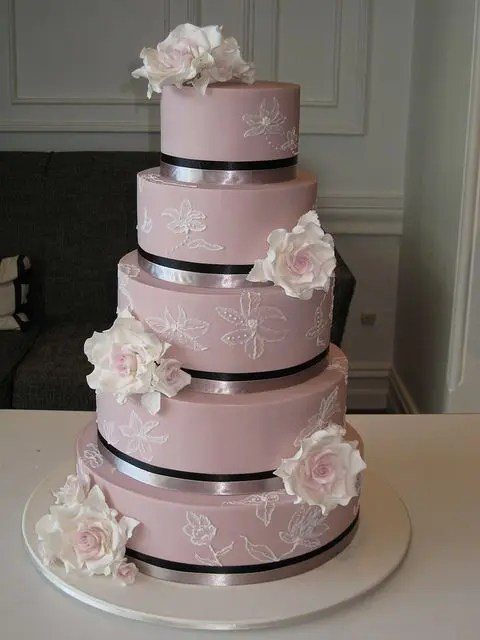 The Hottest Wedding Trend 32 Delicate Mauve Wedding Ideas