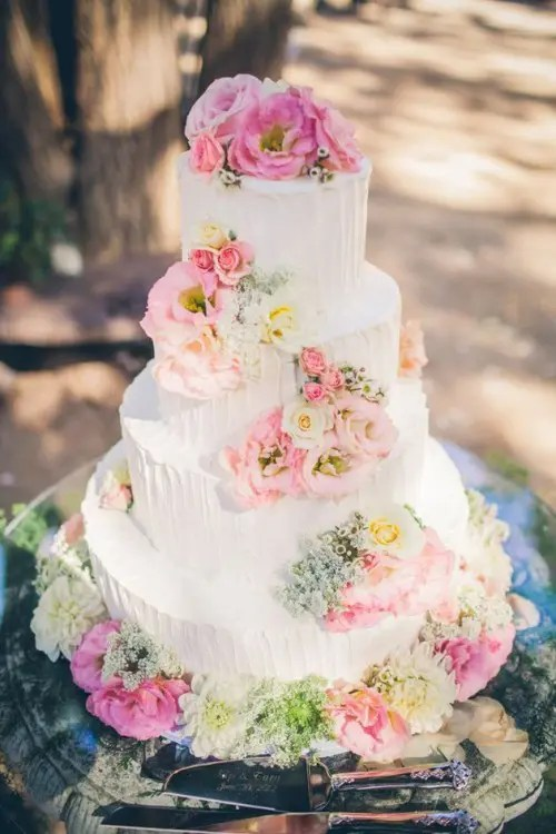 35 Fabulous Spring Wedding Cakes That Youll Love
