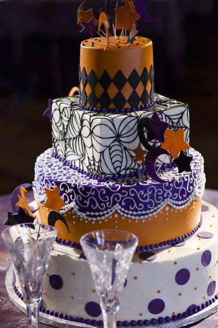 40 Original Halloween Wedding Cakes Weddingomania