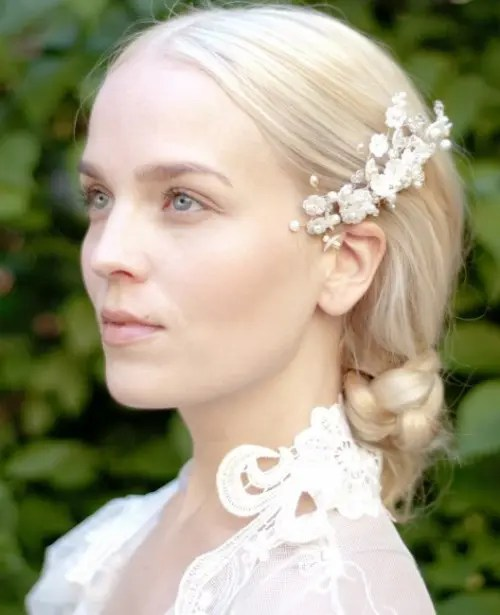 Refined Spring Flowers Headpiece Collection For A Vintage