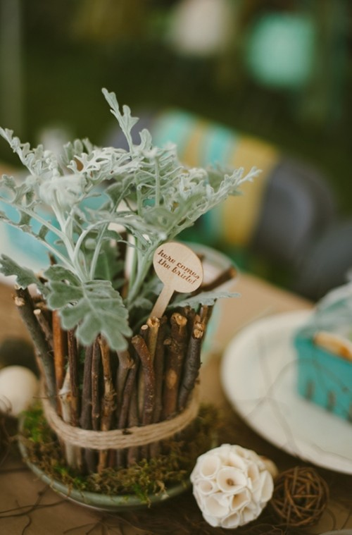 Relaxed DIY Outdoor Rustic Bridal Shower Weddingomania