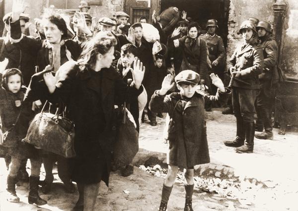 https://i1.wp.com/i.wp.pl/a/f/jpeg/30912/warszawskie_gettto_holokaust_zydzi_wiki_600.jpeg