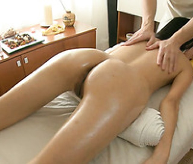 Sweet Asian Princess With Tiny Tits Got Erotic Massage And Hard Fuck