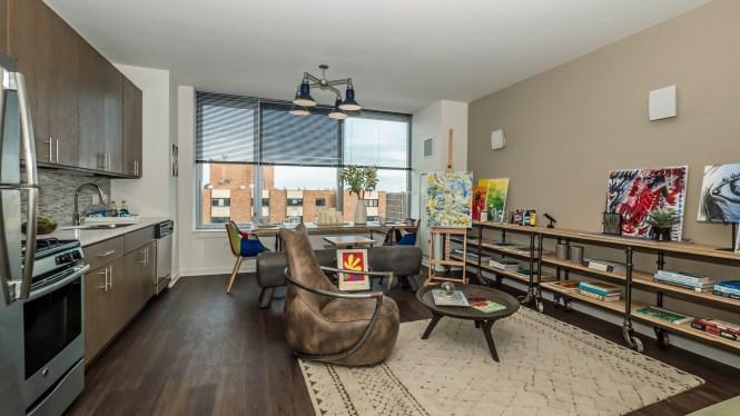 New Luxury Apartments Close To Northwestern University