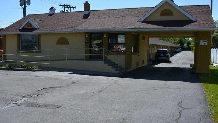 Hotel Red Carpet Inn Tonawanda Ny 3 United States From Us 81 Booked