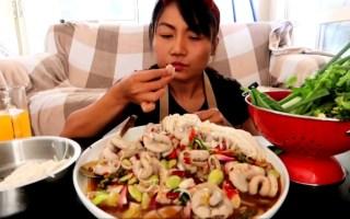 【泰国吃播】柠檬辣椒拌猪肠~米粉~芹菜~菠菜~